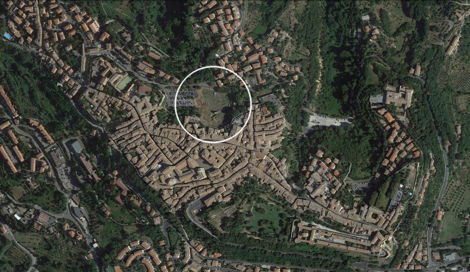volterra_aerial_roman_theater